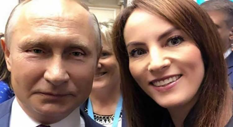 """Se """"codea"""" Gabriela Cuevas con Putin"""