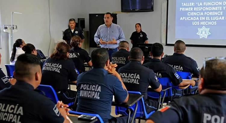 Inicia taller  para policías municipales
