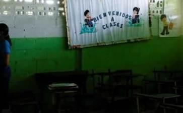 Con aulas casi desiertas inicia Venezuela ciclo escolar