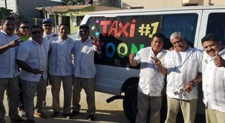 """Muestran los taxistas su """"amor"""" por los cabeños"""