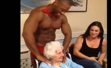 Celebró abuelita su cumpleaños 89