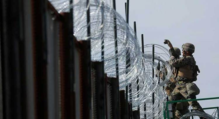 Cierra EU paso fronterizo