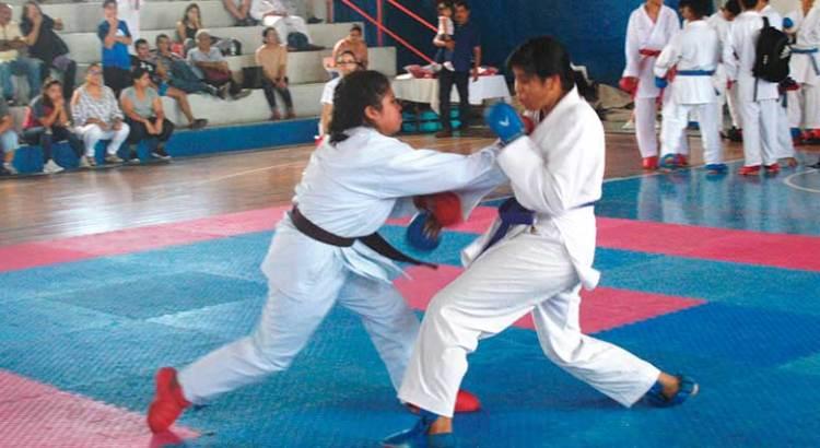 Positivos los selectivos de Futbol, Tenis y Karate Do