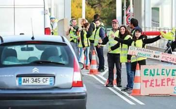Mantiene Macron gasolinazo