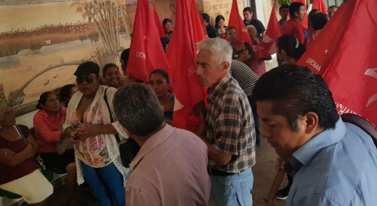 Se manifestaron Antorchistas en palacio municipal cabeño