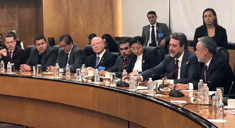 Se reúne rector de la UABCS con Diputados de Presupuesto y Educación