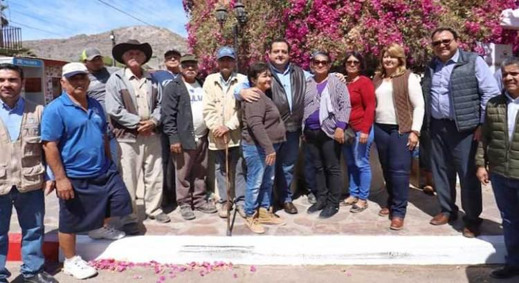 Entrega Gobernador beneficios de programas de vivienda a familias de Santa Rosalía