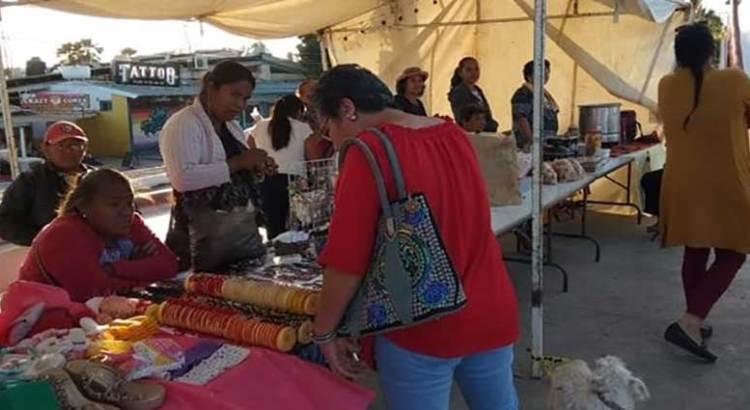 """Exitosa «Feria del abuelo emprendedor"""""""