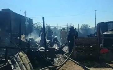 Acabó incendio con humilde vivienda