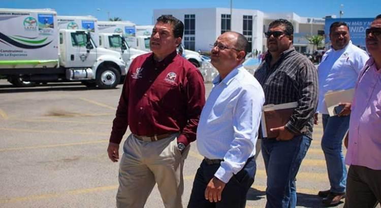 Recibió Alcalde paceño a Walter Valenzuela