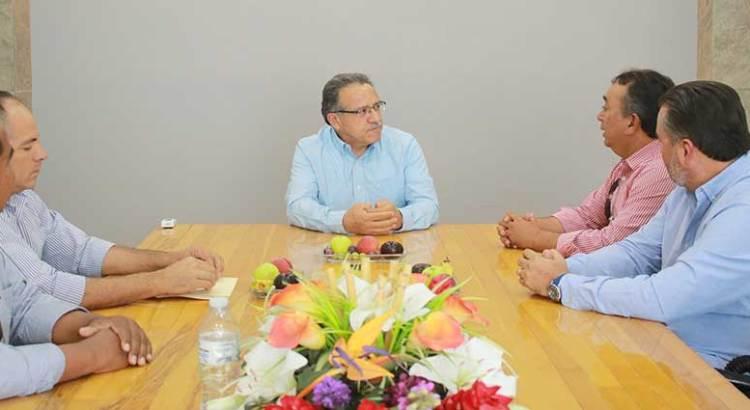 Se reunió Rector de la UABCS con el ex alcalde Francisco Pelayo