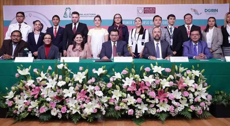 Participa alumno de la UABCS en nacional de oratoria