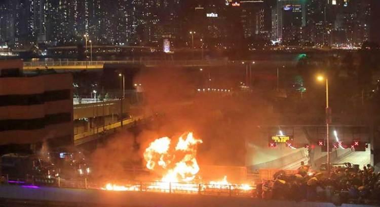 Eleva China amenaza de intervención militar en Hong Kong