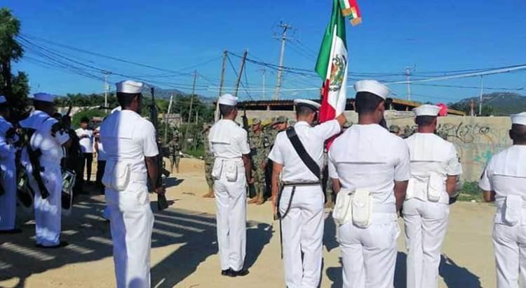 Participan Armada y GN en acto cívico en Caribe Bajo