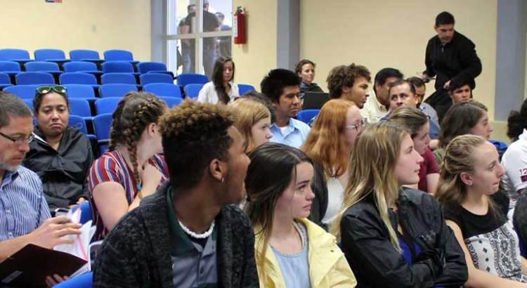 Promueve UABCS la movilidad estudiantil