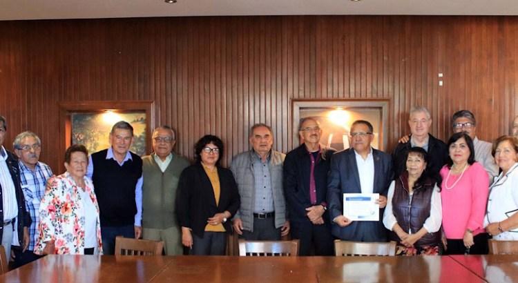 """Sostuvo Rector de la UABCS encuentro con el grupo """"Reflexión"""""""