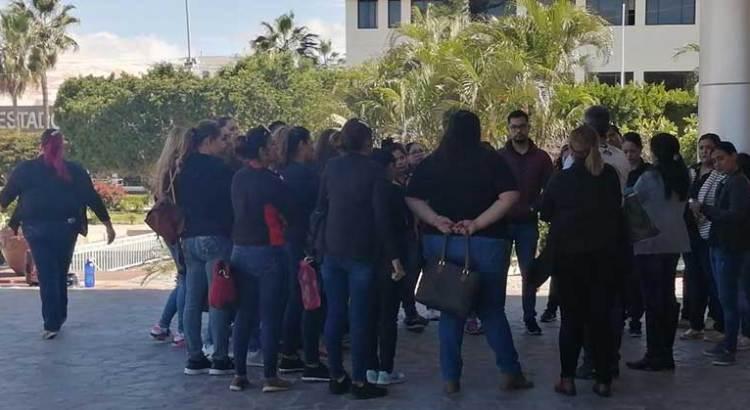 Se manifestaron trabajadores del CENDI