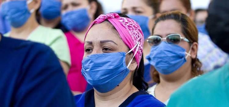 En México el personal de salud muere seis veces más que en China por Covid