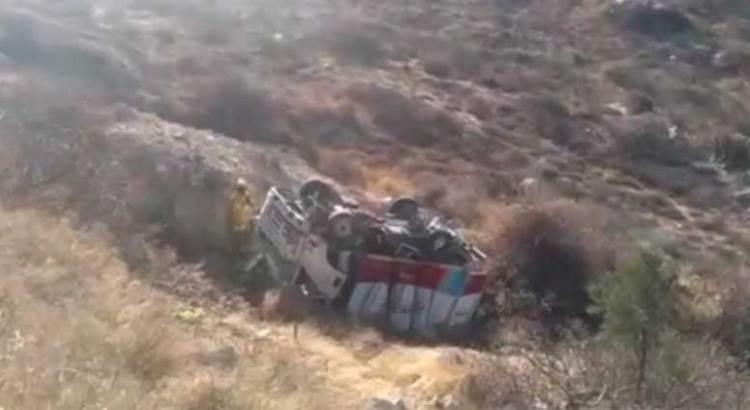 Se volcó camioneta transportadora de lácteos