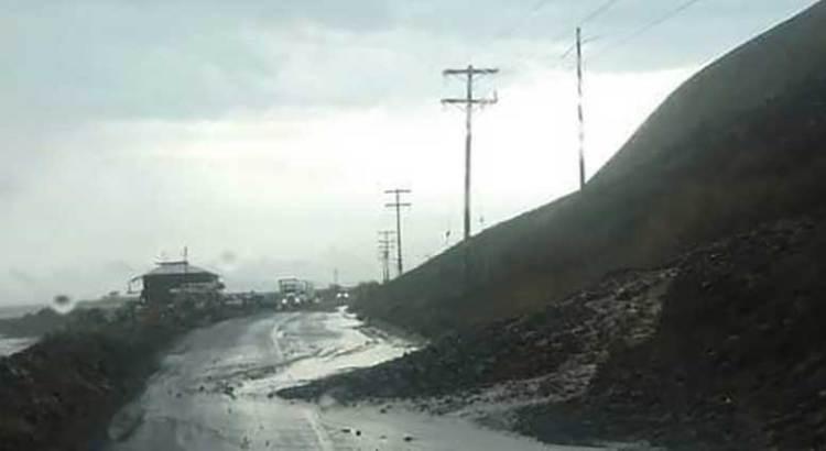 """Ocasionan las lluvias deslaves en la """"Cuesta del Infierno"""""""