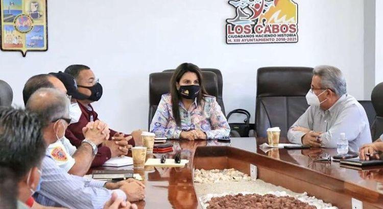 Se reunió Armida Castro con taxistas
