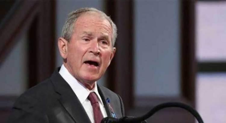 Felicita Bush a Biden