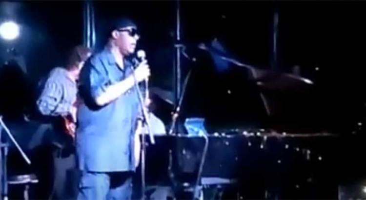 """Se echa Stevie Wonder un """"palomazo"""" en Los Cabos"""