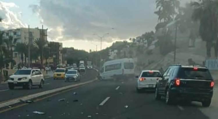 Colapsado el tráfico vehicular en la transpeninsular