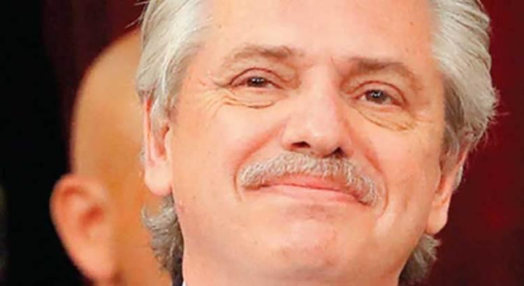 Alberto Fernández en números rojos