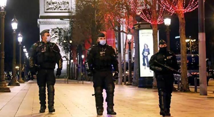 Endurece Francia toque de queda