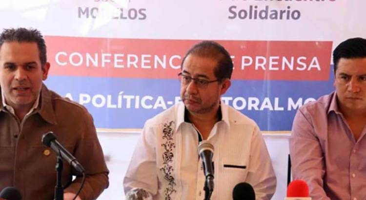 """""""Lamenta"""" el  PES que lo obliguen a postular candidato gay"""