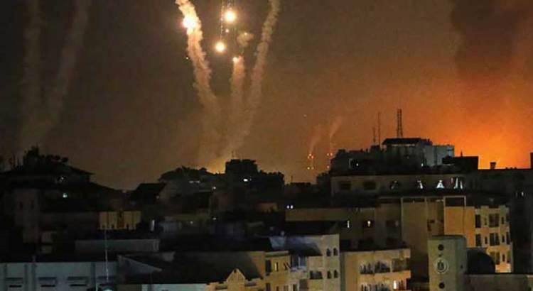 Dispara Hamas más de 200 cohetes contra Israel