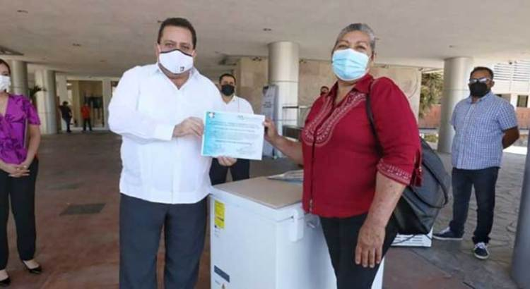 Entrega Gobernador apoyos del programa impulso productivo a familias de La Paz