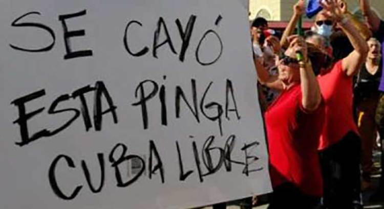 """""""Abajo la dictadura"""""""