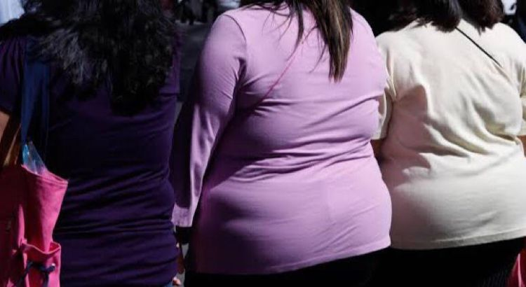 Jóvenes con sobrepeso, los más afectados por covid