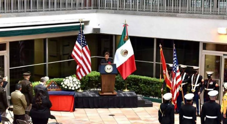 Envía México afecto y condolencias a EU