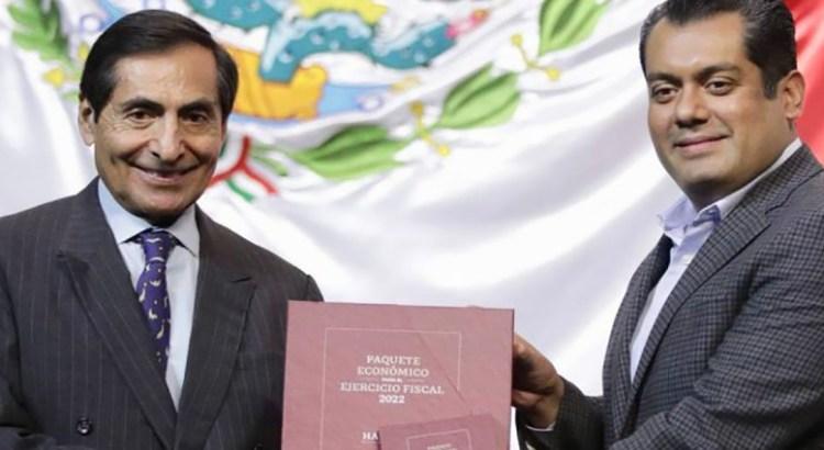 Entrega Hacienda Paquete Económico 2022 a diputados