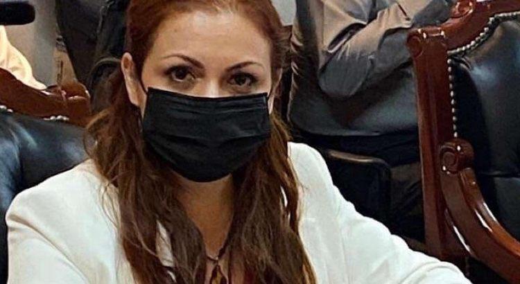 Renuncia regidora cabeña Irene Galindo a Comisión de Cultura