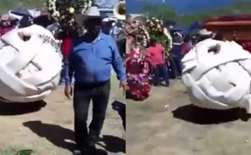 Causa sensación botarga de queso Oaxaca en un funeral