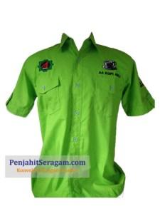 baju kerja lapas hijau