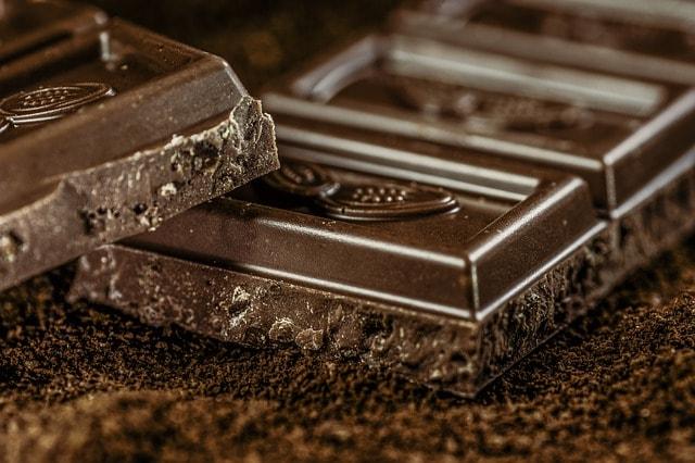 Cokelat mengandung kalori tinggi, cocok untuk makanan pendaki