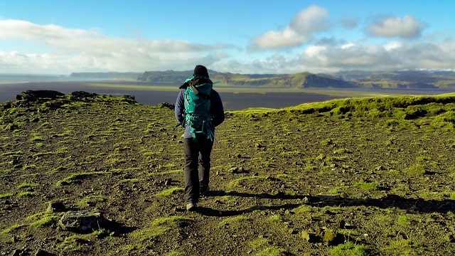 Aktivitas mendaki gunung