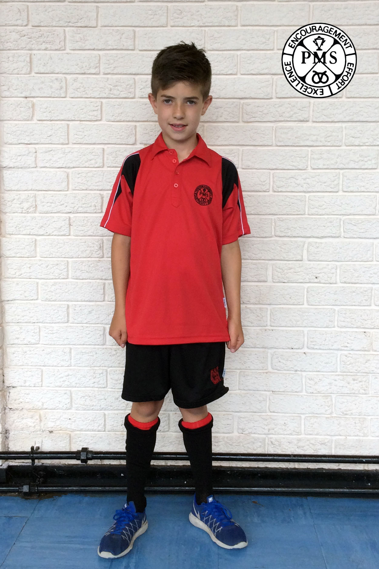 Picture Red Red Socks Black And Shoes Shorts And Shirt Black Red And