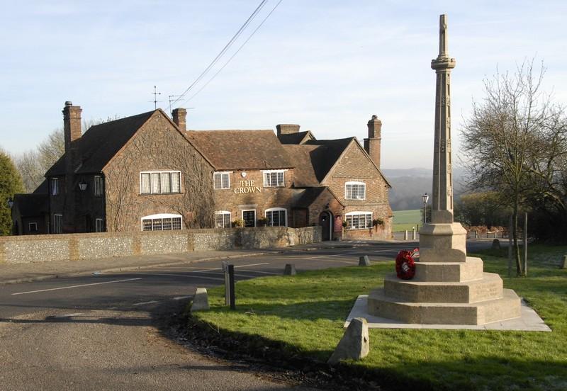 the-crown-war-memorial
