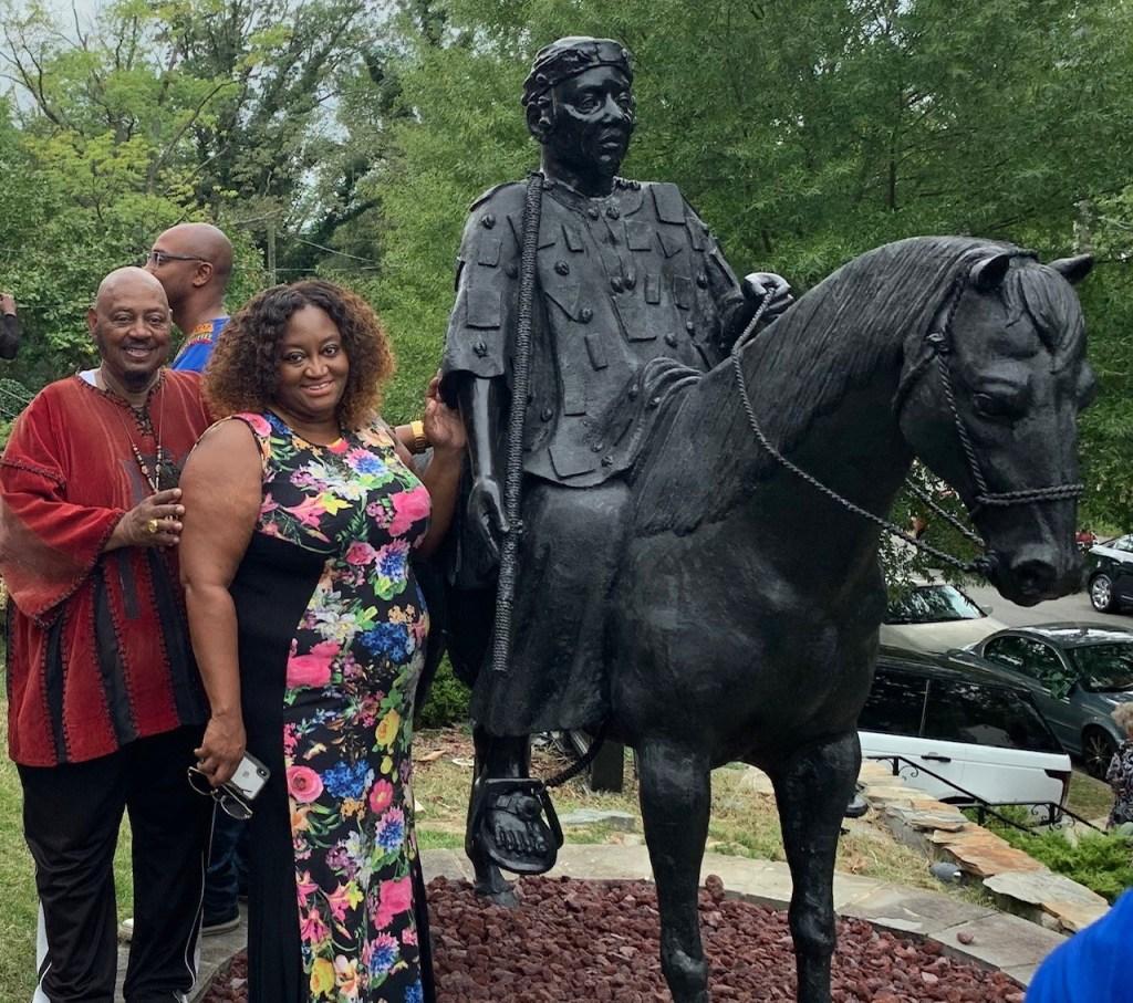 RevWilson&Anika at Statue 2