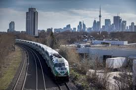 Premier Wynne announces plans for high-speed rail in Ontario