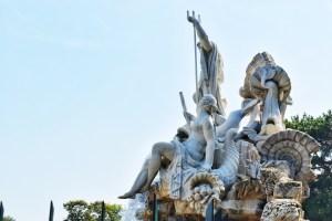 Neptune Fountain in Schonbrunn Gardens, Vienna, Austria