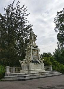Mozart Statue in Burggarten in Vienna, Austria
