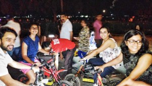 Cycling in front of India Gate in Delhi