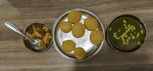 Ajita Mahajan aka Penning Silly Thoughts shows you food of Amritsar - Brijwasi Chaat Bhandar
